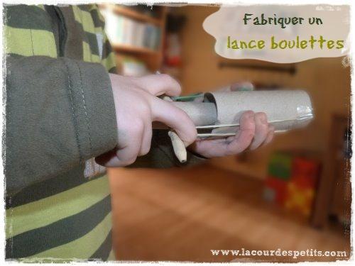 Bricolage Avec Des Rouleaux De Papier Toilette 2 Fabriquer Un Lance Boulettes La Cour Des Petits