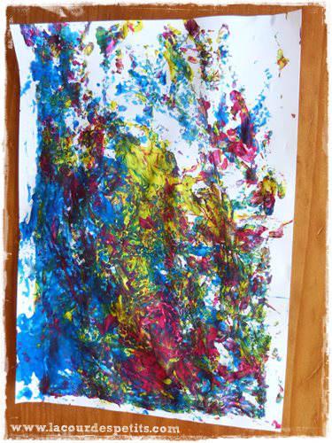 Peinture avec balles et carton