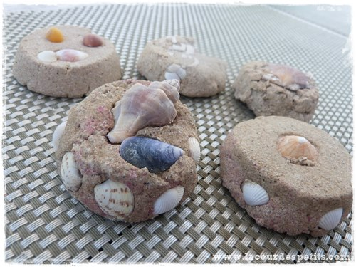 recette du moon sand le sable modeler fait maison la cour des petits. Black Bedroom Furniture Sets. Home Design Ideas