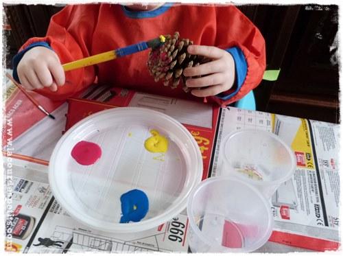 Manuelles avec enfant les pommes de terre bricolage enfant - Activite avec des pommes de pin ...