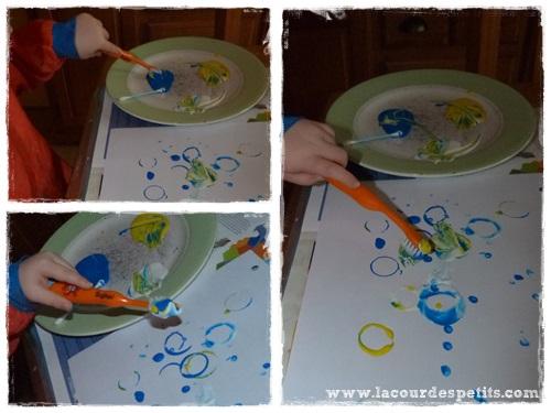Peinture enfant sans pinceaux brosse a dents
