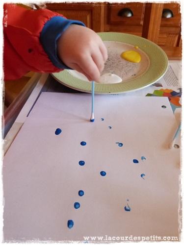 Peinture enfant sans pinceaux coton tige