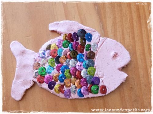 Poisson pate durcissante sequin rose