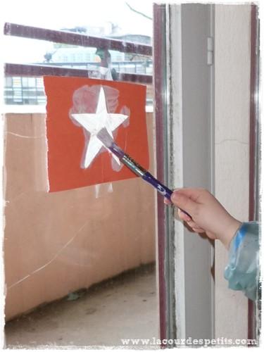 Recette de peinture de fen tre pour no l la cour des petits - Decoration de noel activite manuelle ...