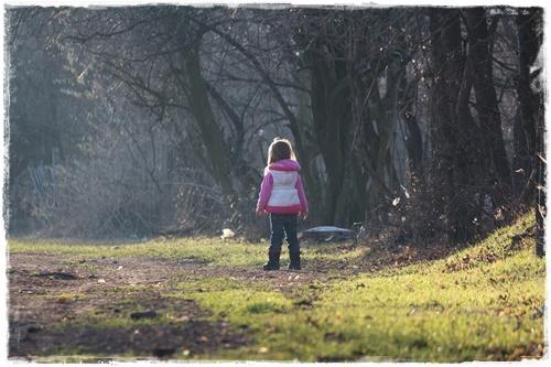 enfant nature foret
