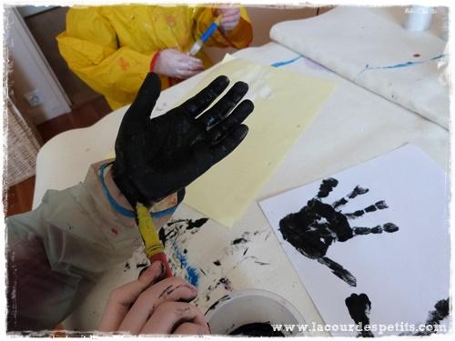 peinture main noire