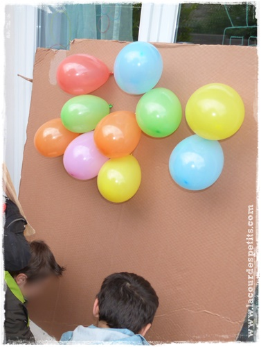 un anniversaire tout en couleur pour ses 6 ans la cour des petits. Black Bedroom Furniture Sets. Home Design Ideas