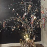 calendrier avent branches peintes