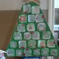 calendrier avent yaourts sapin