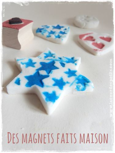 Tuto pour fabriqer des magnets personnalisés avec les enfants. Une idée à base de pâte durcissante (recette sur le site).