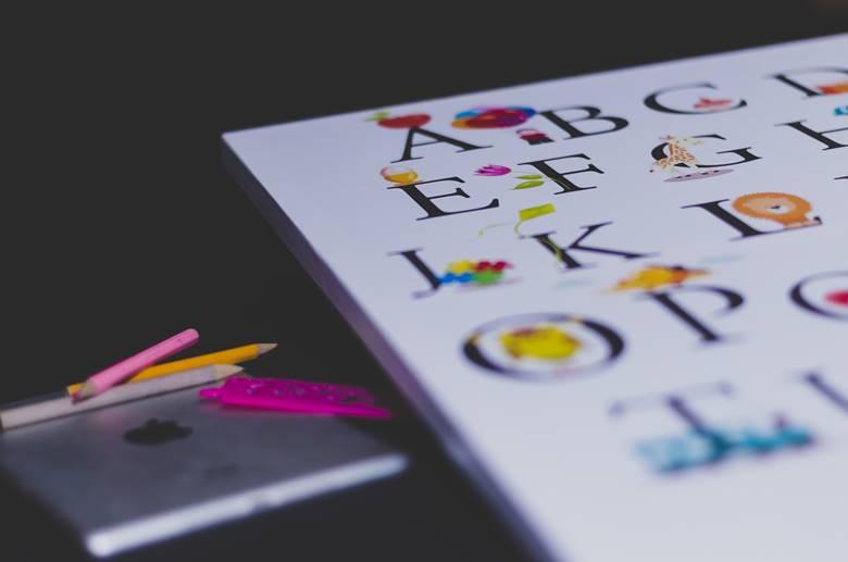 alphabet couleurs